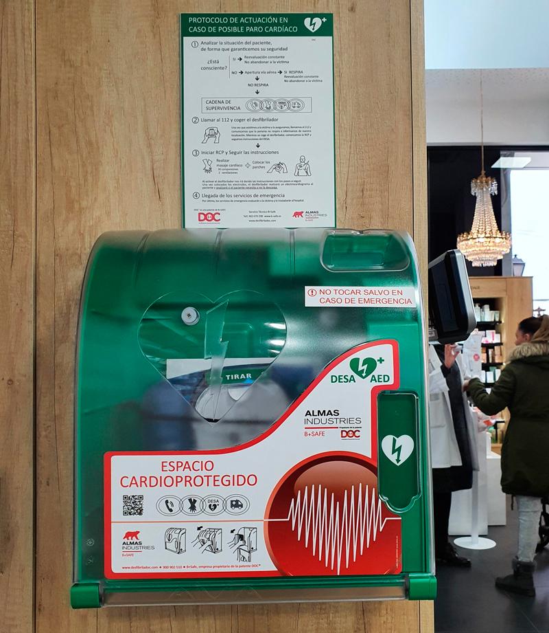 Desfibrilador (DESA) instalado en farmacia
